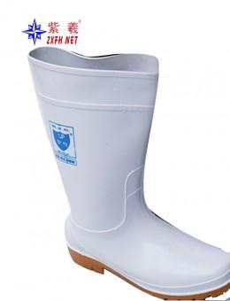 白色中筒雨鞋